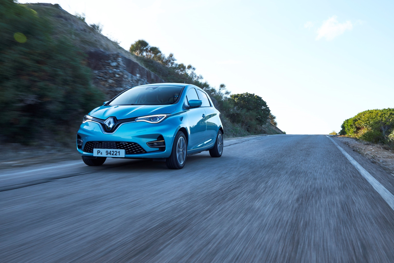 Renault lancia, in Francia, la prima città con il cento per cento di veicoli elettrici: è la cittadina di Appy, in Occitania